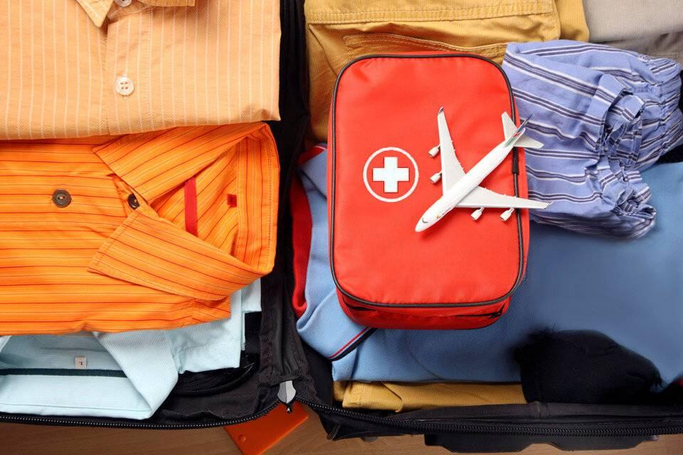 Аптечка путешественника: что взять с собой за границу?