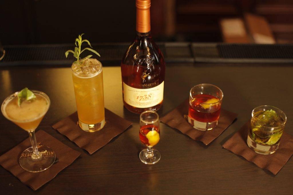 Знатные рецепты коктейлей с самогоном. создание вкусных крепких напитков в домашних условиях