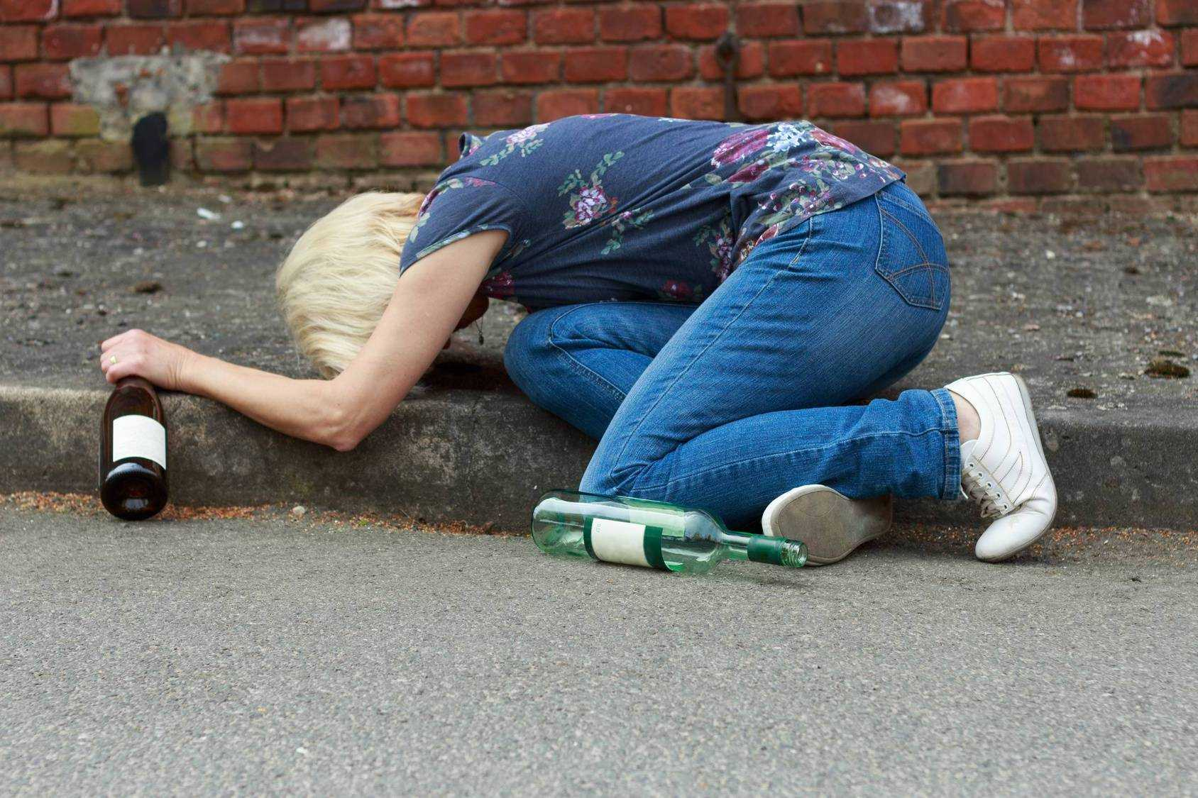 Об алкогольной интоксикации после длительного запоя