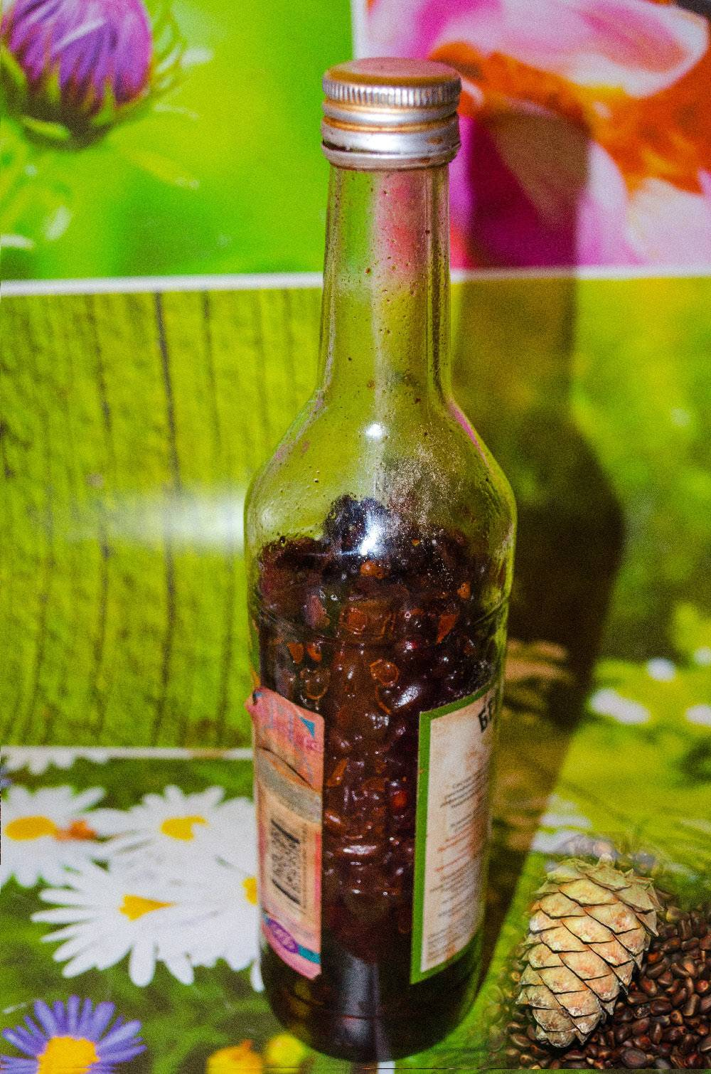 Кедровая настойка на водке польза