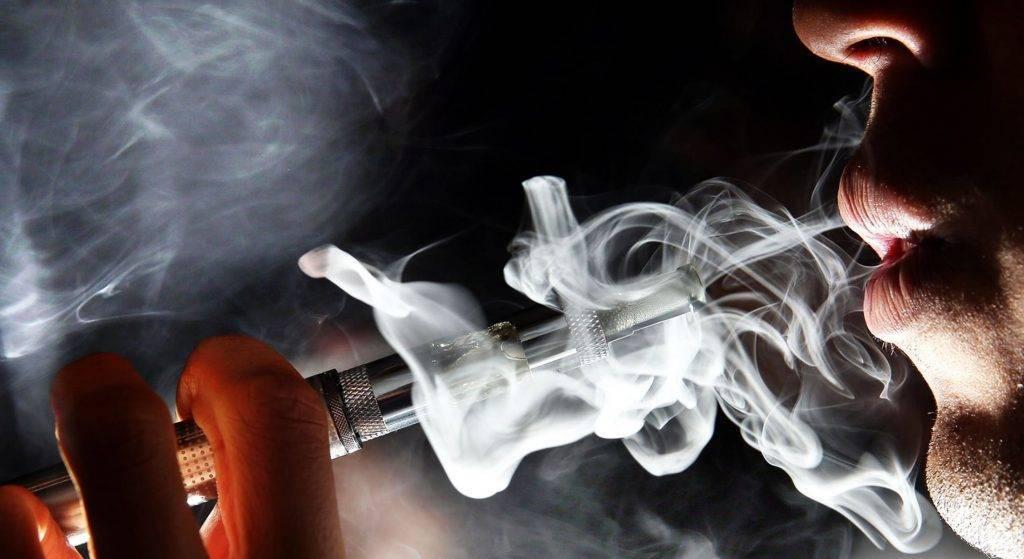 На что влияет курение у мужчин: изменение уровня холестерина с тестостероном и проблемы с зачатием