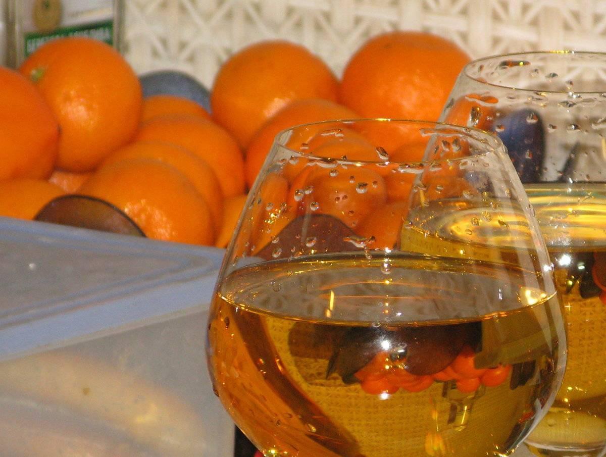 Готовим вино из мандаринов в домашних условиях