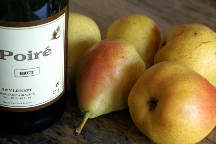 Сидр из груш: простые рецепты приготовления в домашних условиях, и как называется напиток, как сделать без сахара, приготовить с добавлением яблок и не только?