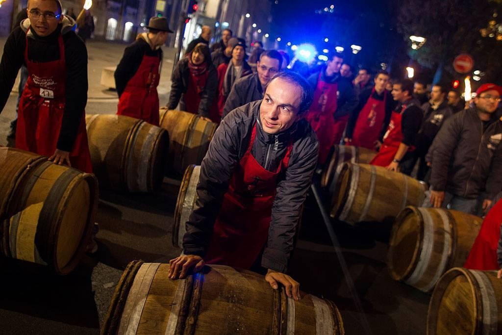 Вино «божоле»: виды, как и где производят молодое вино, традиции ?