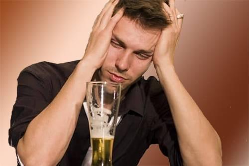 Алкогольная амнезия (перфорационная, палимпсест, потеря памяти после опьянения): причины, симптомы, лечение, профилактика