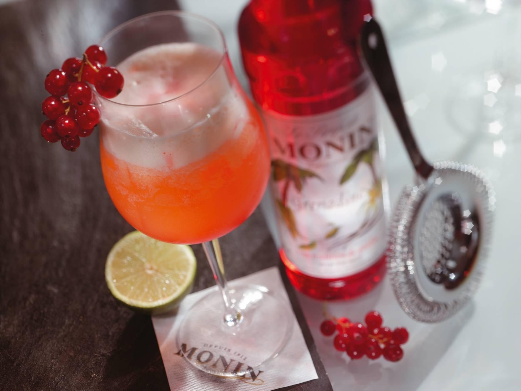 """Апельсиновый коктейль с сиропом """"гренадин"""" – кулинарный рецепт"""