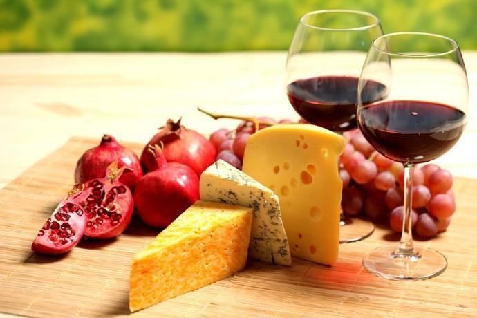 Как правильно подобрать сыр к вину: 9 удачных сочетаний - статьи на повар.ру