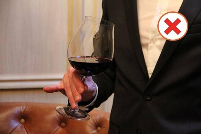 Правила подачи вина к столу