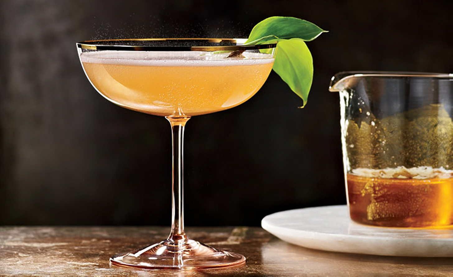 Что подают на аперитив — история алкоголя