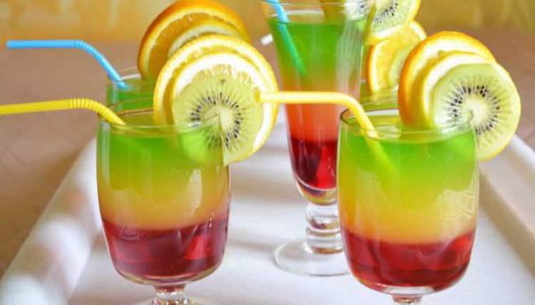 Коктейли с самогоном: разнообразные рецепты напитков