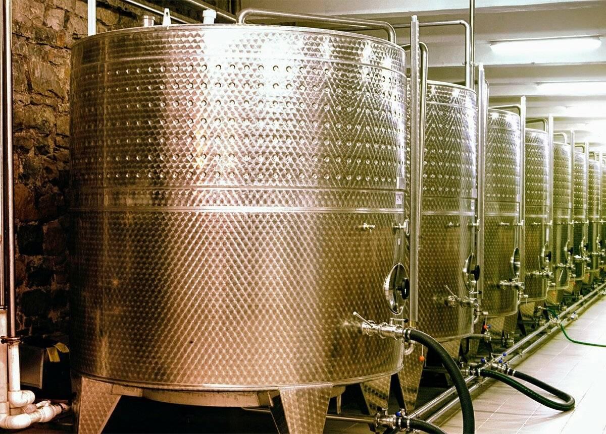 Как делают шампанское на производстве? Рецепт изготовления в домашних условиях
