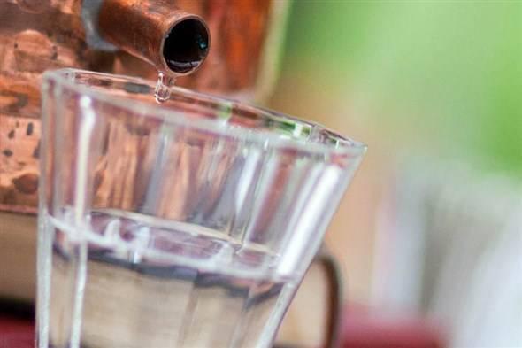 Как смягчить самогон, сделав его мягким и приятным на вкус в домашних условиях