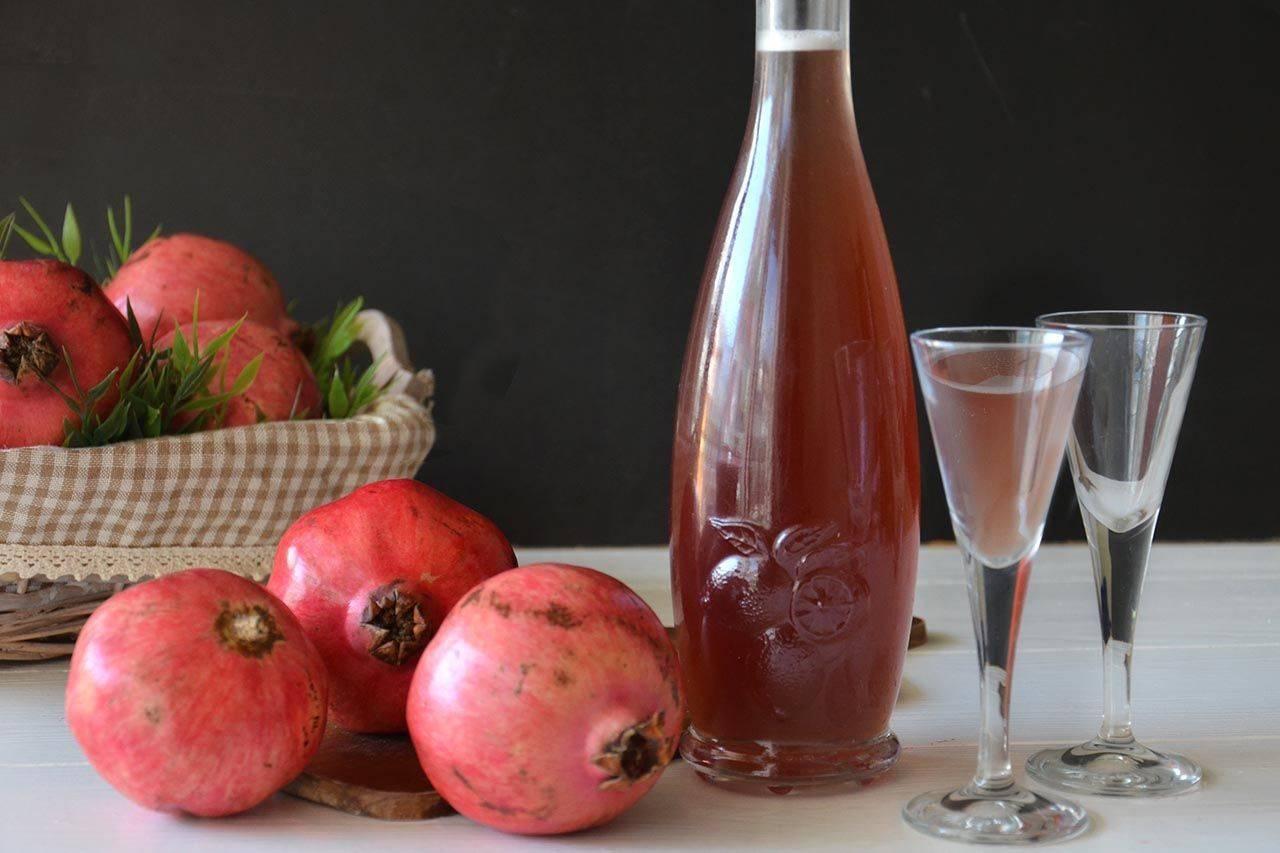 Как сделать гранатовое вино в домашних условиях?
