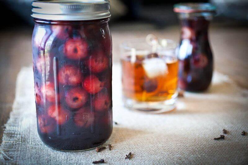Домашняя настойка из вишни: методы изготовления своими руками и 5 простых рецептов, винодельческие секреты