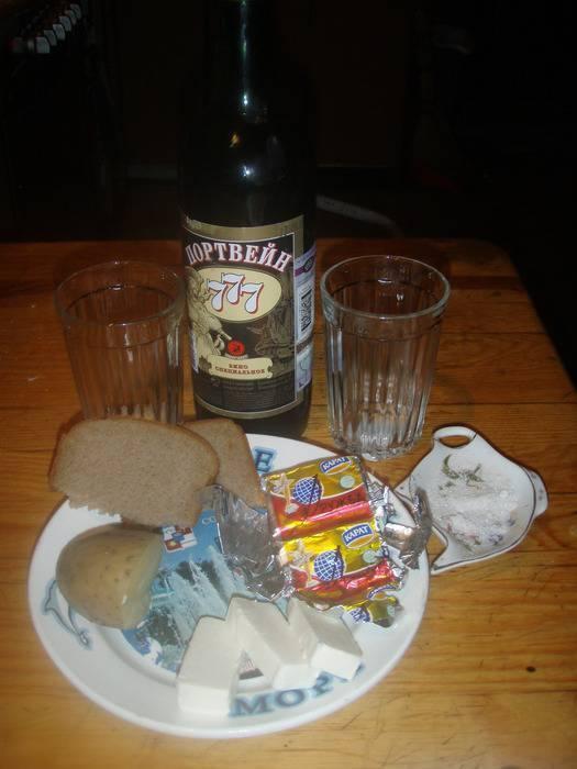 Как обычно пьют портвейн и чем его правильно закусывают. все о портвейне — напитке, который любят пить в португалии