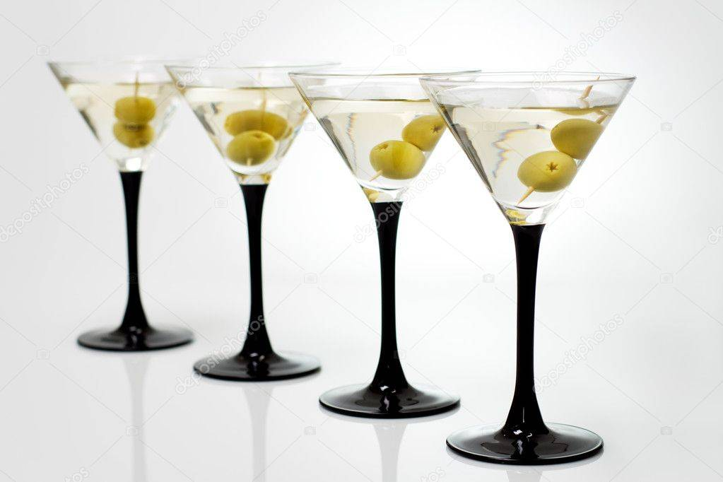 Мартини – алкоголь, любимый миллионами