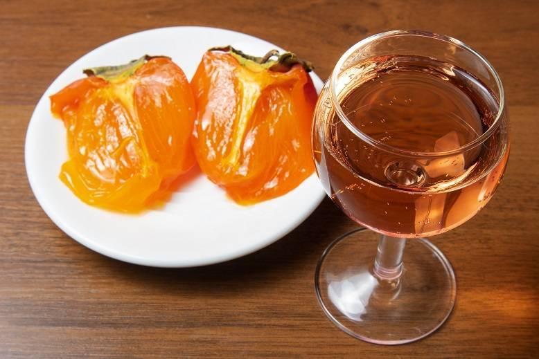 Как настаивать чачу: на чем можно, допустимо ли на винограде, сколько выдерживать настойку, и лучшие рецепты на дубовой щепе и коре, с гвоздикой для аромата и иные