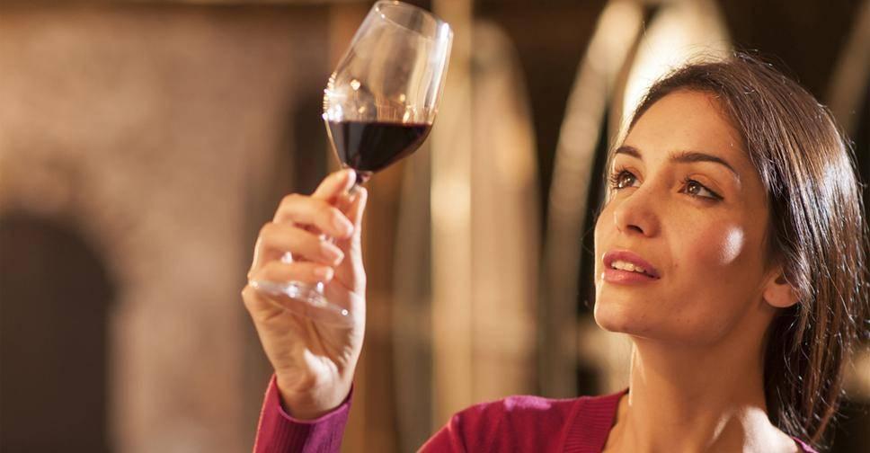 Ботокс и алкоголь. cколько нельзя пить алкоголь после ботокса?
