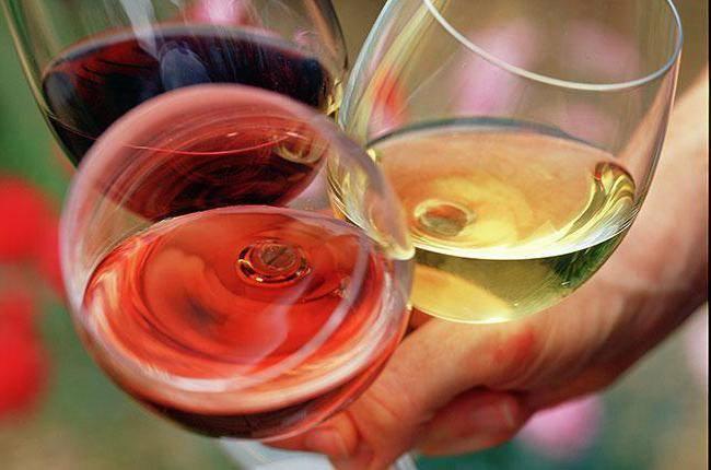 Сколько калорий в бутылке шампанского полусладкого   wine & water