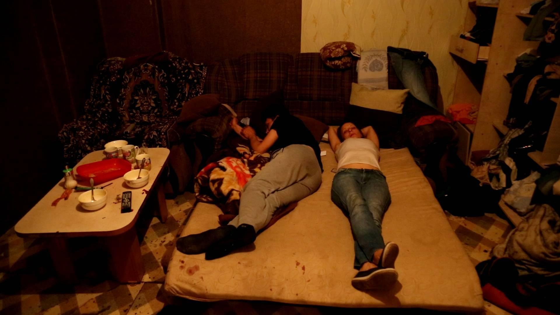 Как выселить соседа или родственника из квартиры который пьет и дебоширит