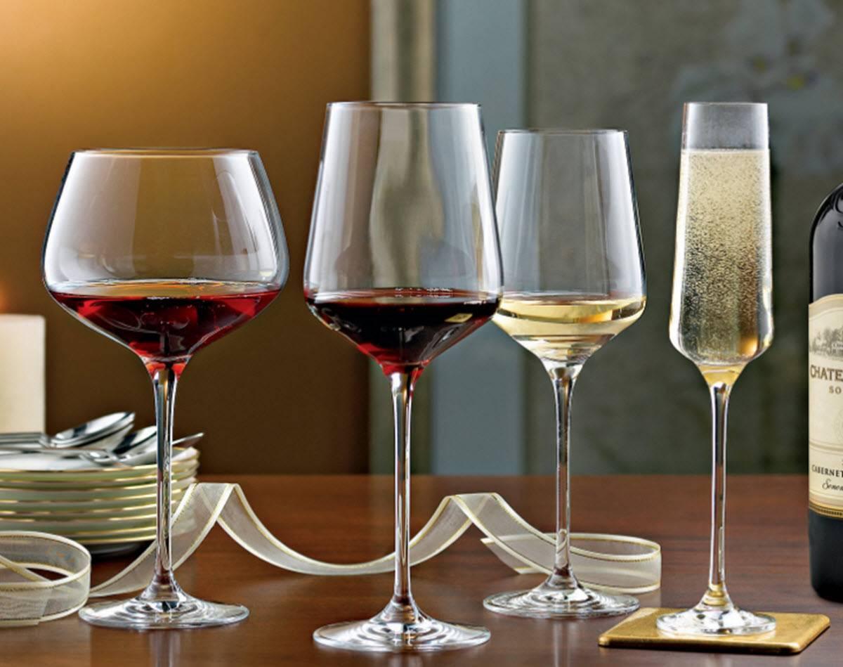 Бокалы для красного вина – история появления, чем отличаются от фужеров для белого вина