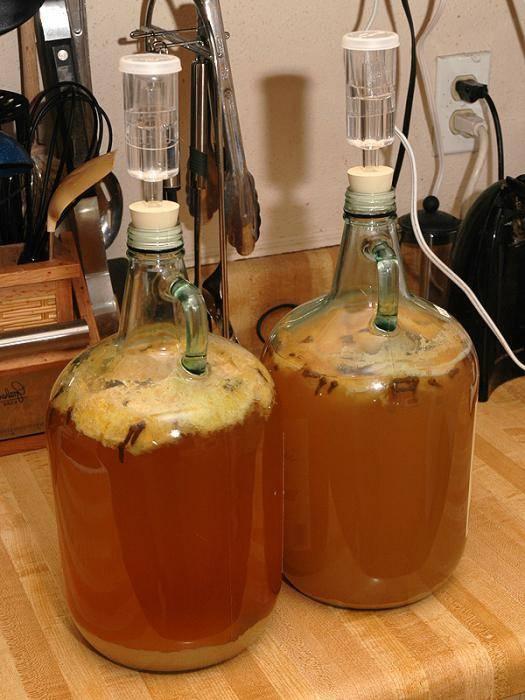 Как приготовить самогон из вина в домашних условиях