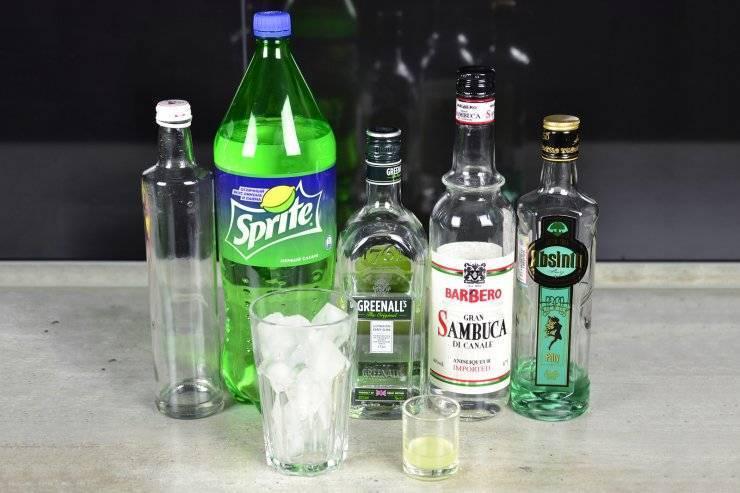 Как правильно пить самбуку. основные способы употребления этого напитка.