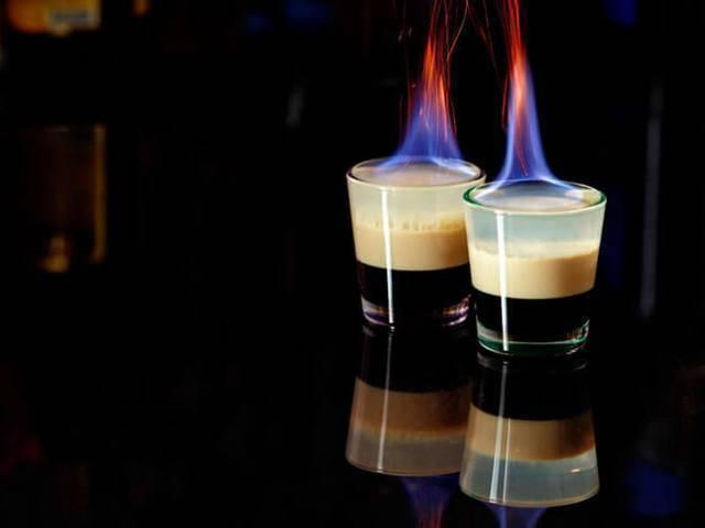 Как правильно по рецепту сделать дома алкогольный коктейль б-52?