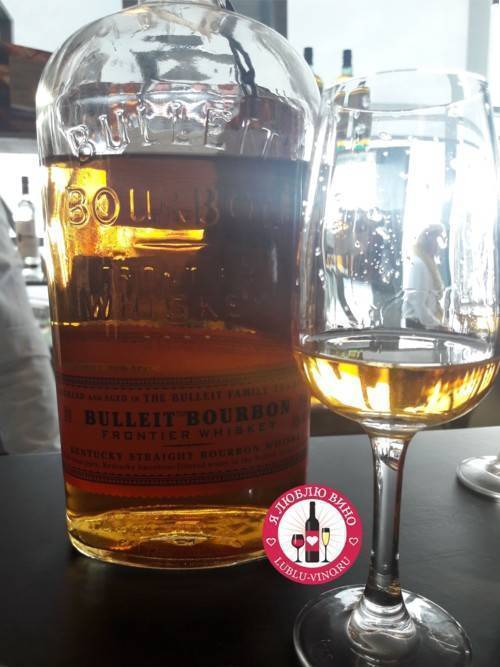Belles, bourbon & bullets