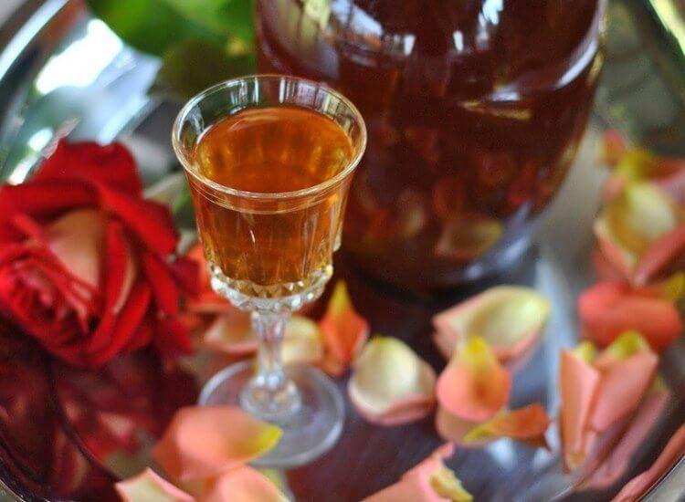 Вино из роз в домашних условиях