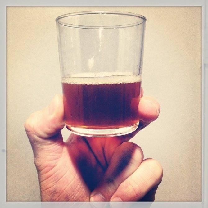 Можно ли пить просроченное пиво: отравление и первая помощь | dlja-pohudenija.ru
