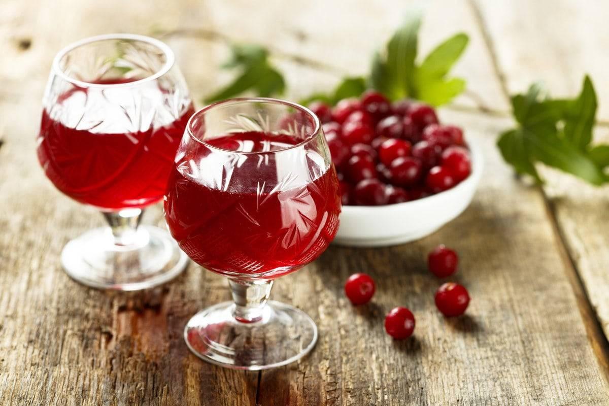 Вкусное вино из клюквы - популярные рецепты!