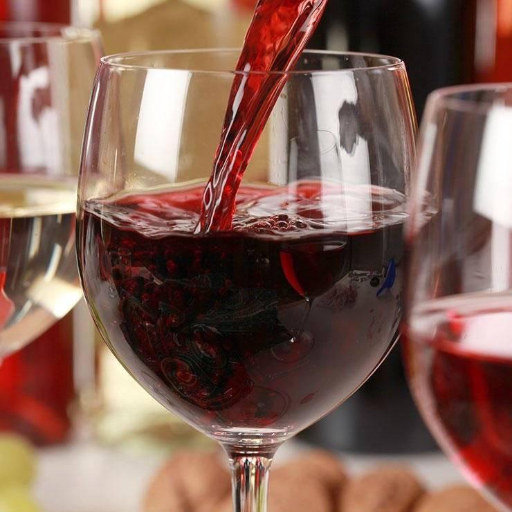 Алкогольная аптечка. можно ли пить вино при повышенном давлении