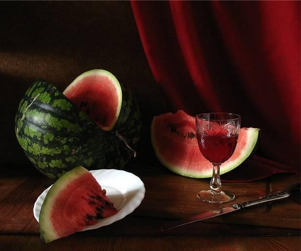 Топ 6 простых рецептов как из арбуза сделать вино в домашних условиях