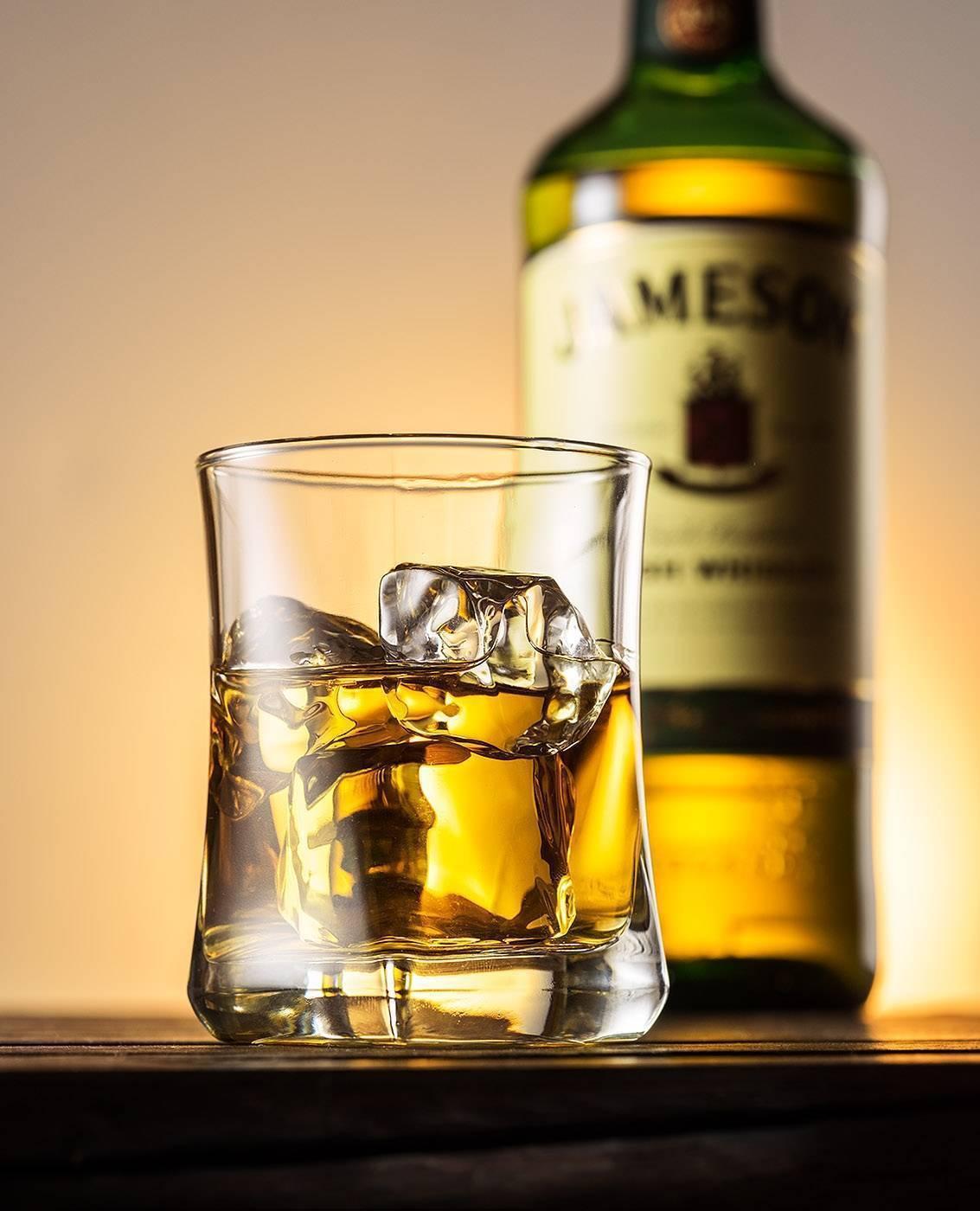 Преимущества и недостатки nas виски (без указания срока выдержки)