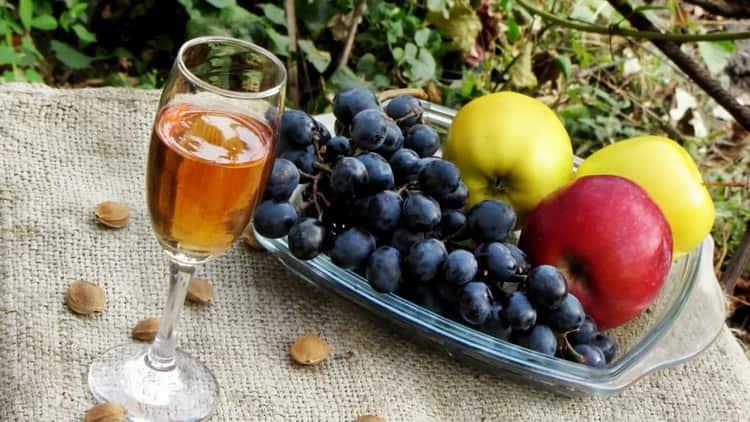 Домашнее вино из абрикосового варенья - пошаговый рецепт