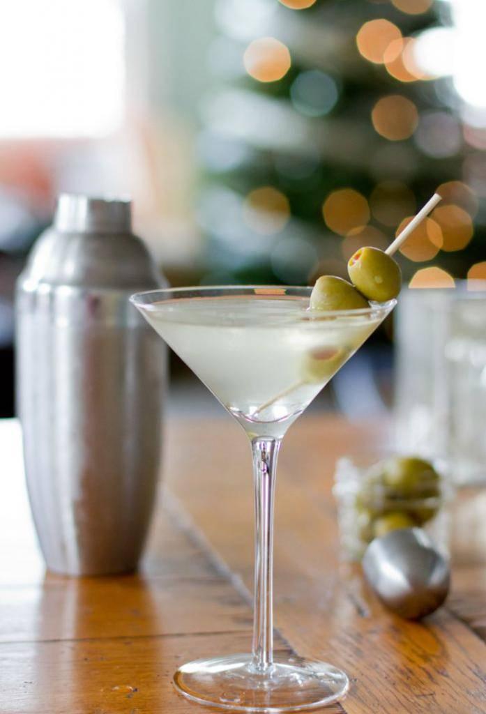 Рецепты приготовления коктейлей с вермутом