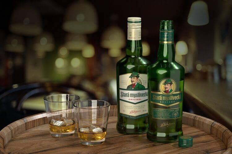 Настойка одуванчиков: применение, рецепты на водке и спирте