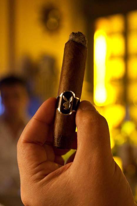 Как курить кубинскую сигару? Вкус, крепость и аромат кубинских сигар.