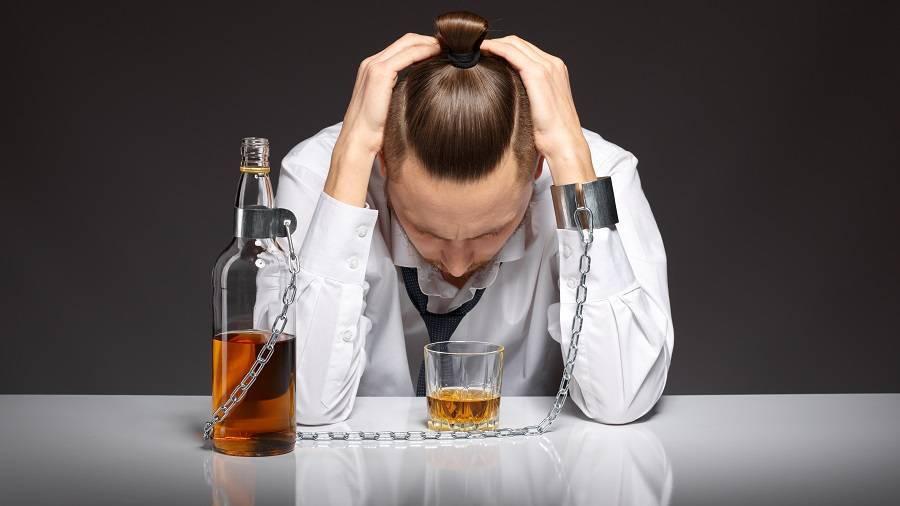 Причины алкоголизма - физиологические, социальные, психологические причины развития зависимости