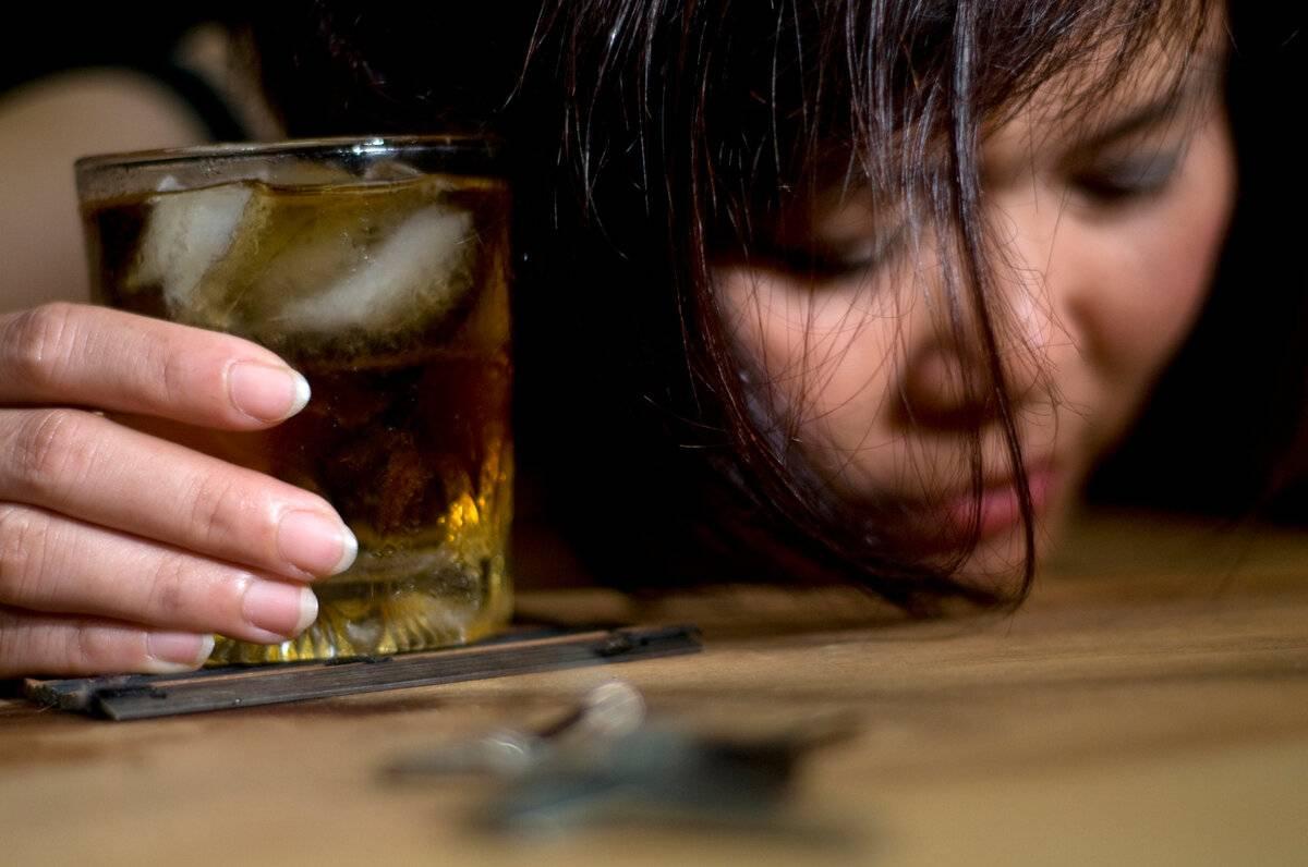 О том, как правильно успокоить пьяного агрессивного человека