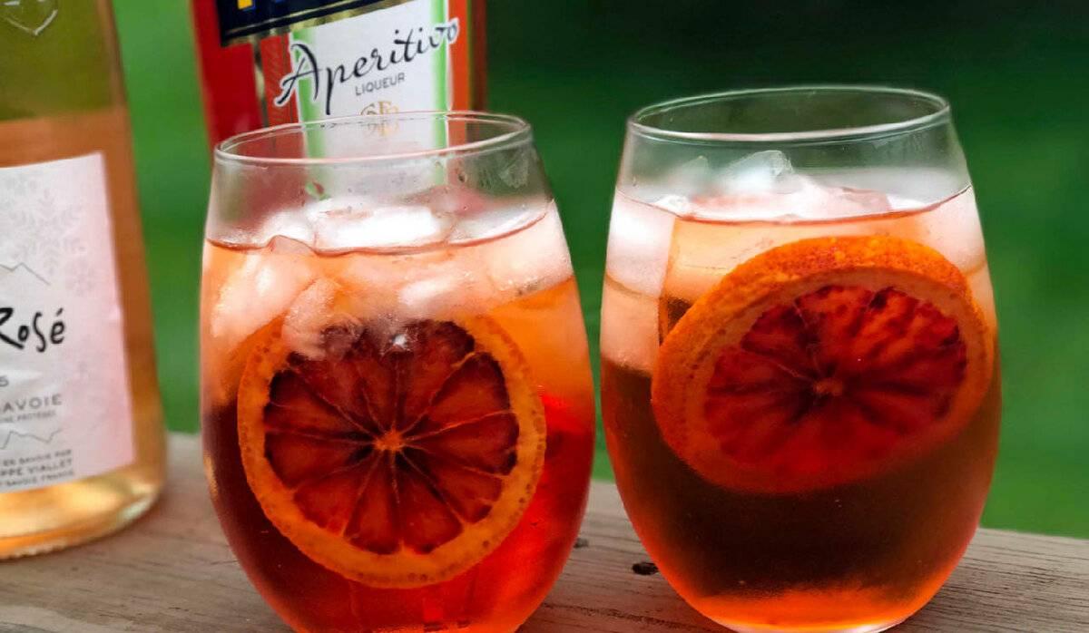 Коктейль апероль спритцcocktail aperol spritz