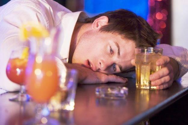 Лучшие способы успокоить пьяного человека