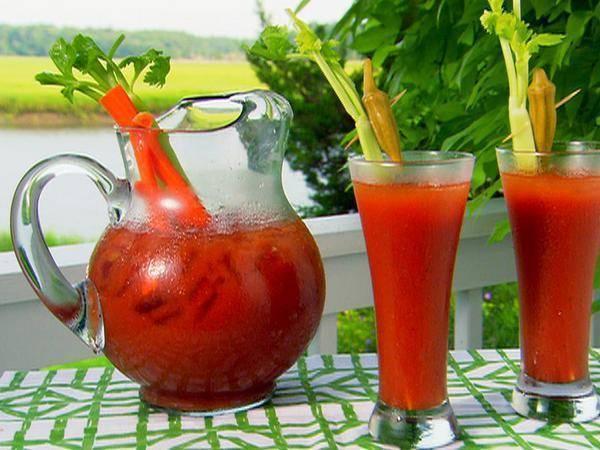 Коктейль «кровавая мэри»: рецепт и особенности приготовления