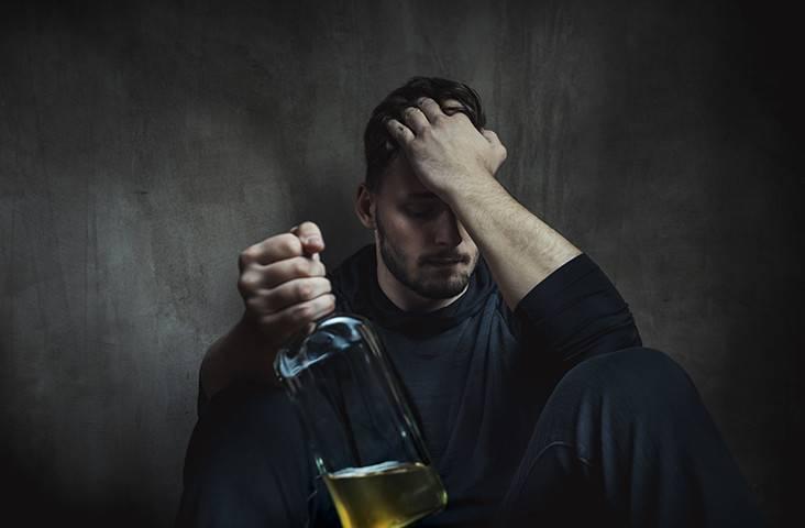 Что делать когда у человека запой и как с ним жить?