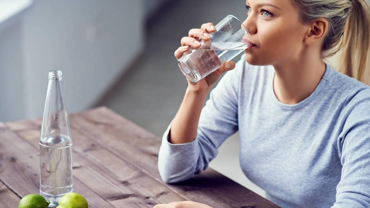 Почему хочется пить постоянно: причины