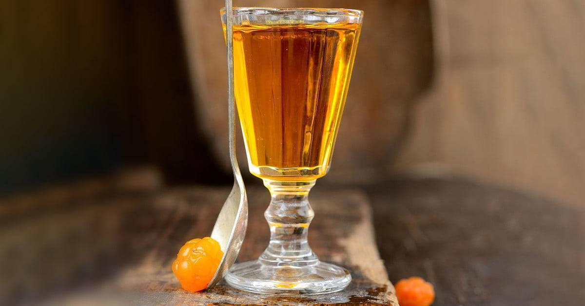 Настойка из морошки рецепты на водке на спирту на самогоне