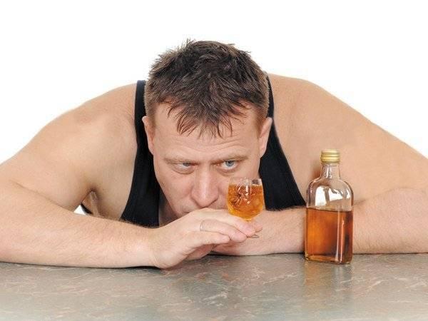 Муж пьет пиво каждый день: причины, советы психолога