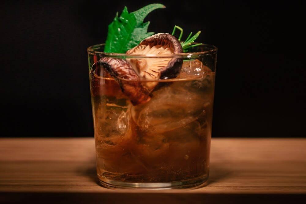 Как сделать джин-тоник: рецепты приготовления напитка в домашних условиях, пропорции