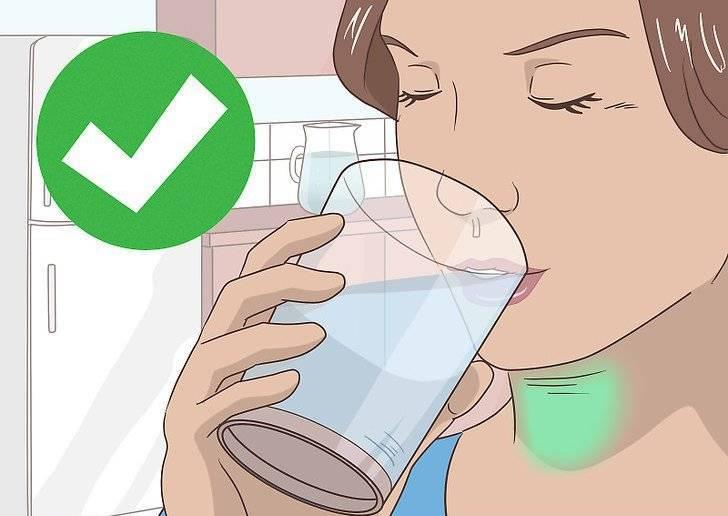 Можно ли полоскать горло водкой. можно ли при ангине пить алкоголь, как полоскать горло водкой и помогает ли горячее вино